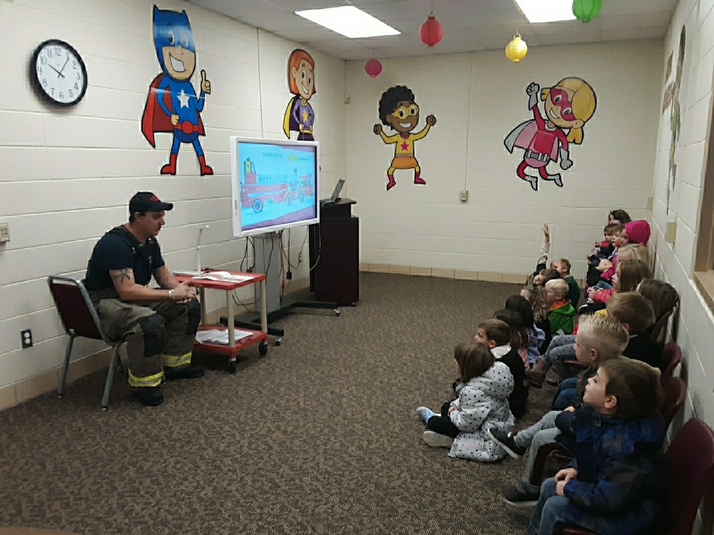 AM Pre-K learning about fire safety